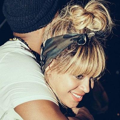 Beyonce in a camo bandana
