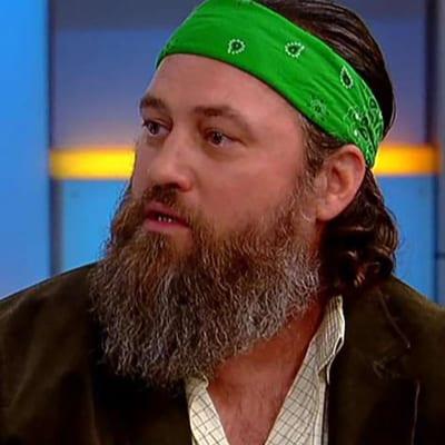 Green Bandana on Duck Dynasty's Willie Robertson