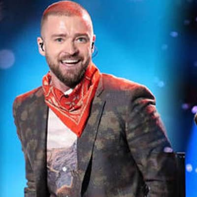 Justin Timberlake makes bandanas look fly in his Super Bowl halftime show
