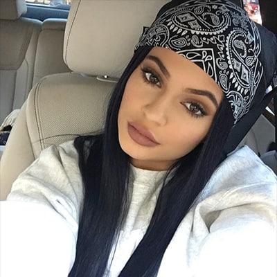 All the kool kids wear a black bandana just like Kylie Jenner.